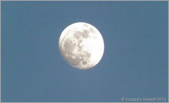 Early Morning Full Moon_6 April 2013